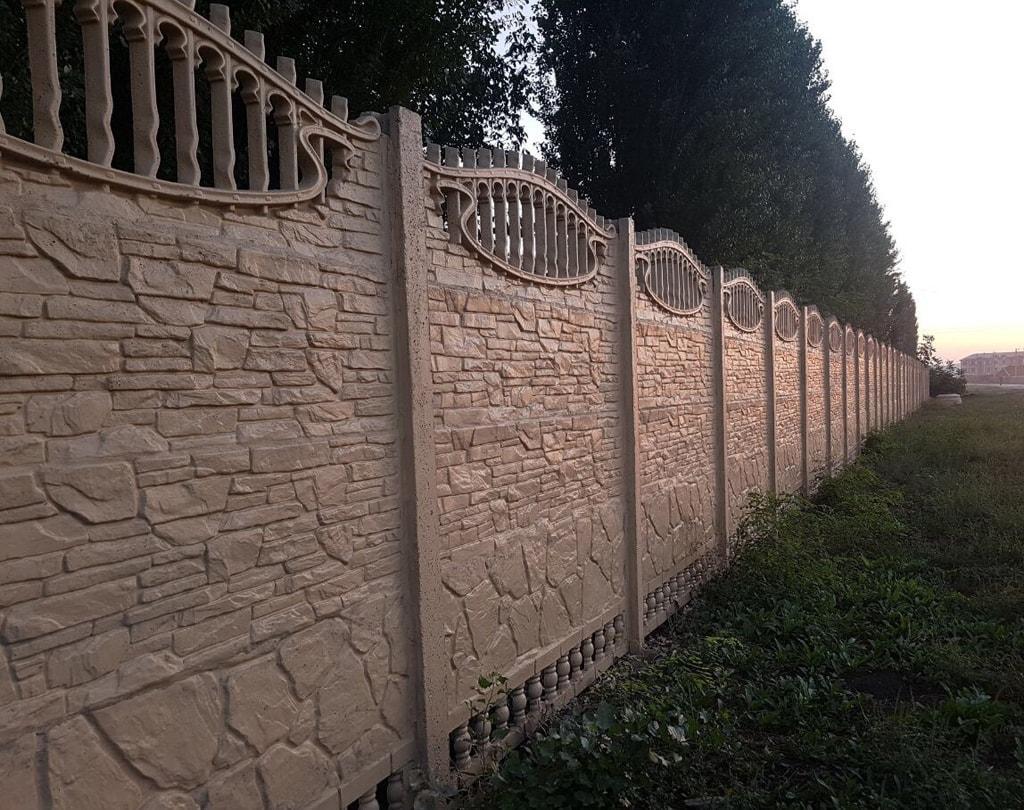 Разновидность бетонного забора